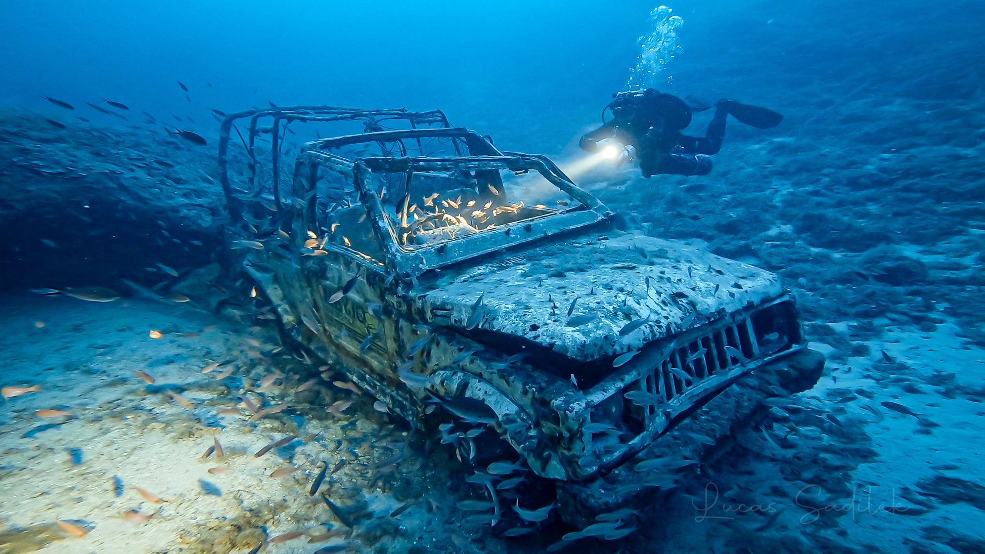 Maruti car wreck 200 meters west from Billinghurst Cave at depth of 55 meters [Lucas Sadilek]