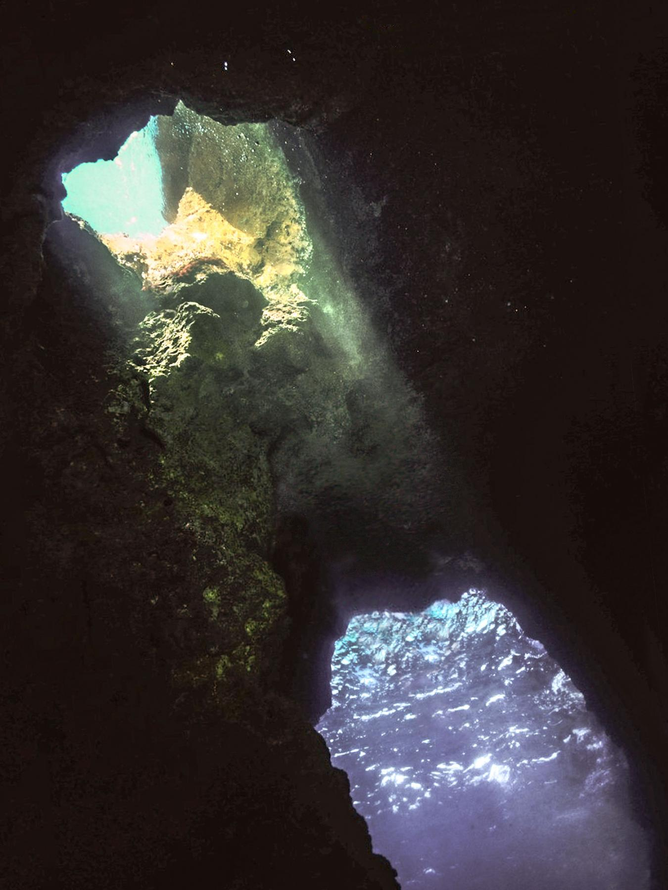 Mini Blue Hole dive site