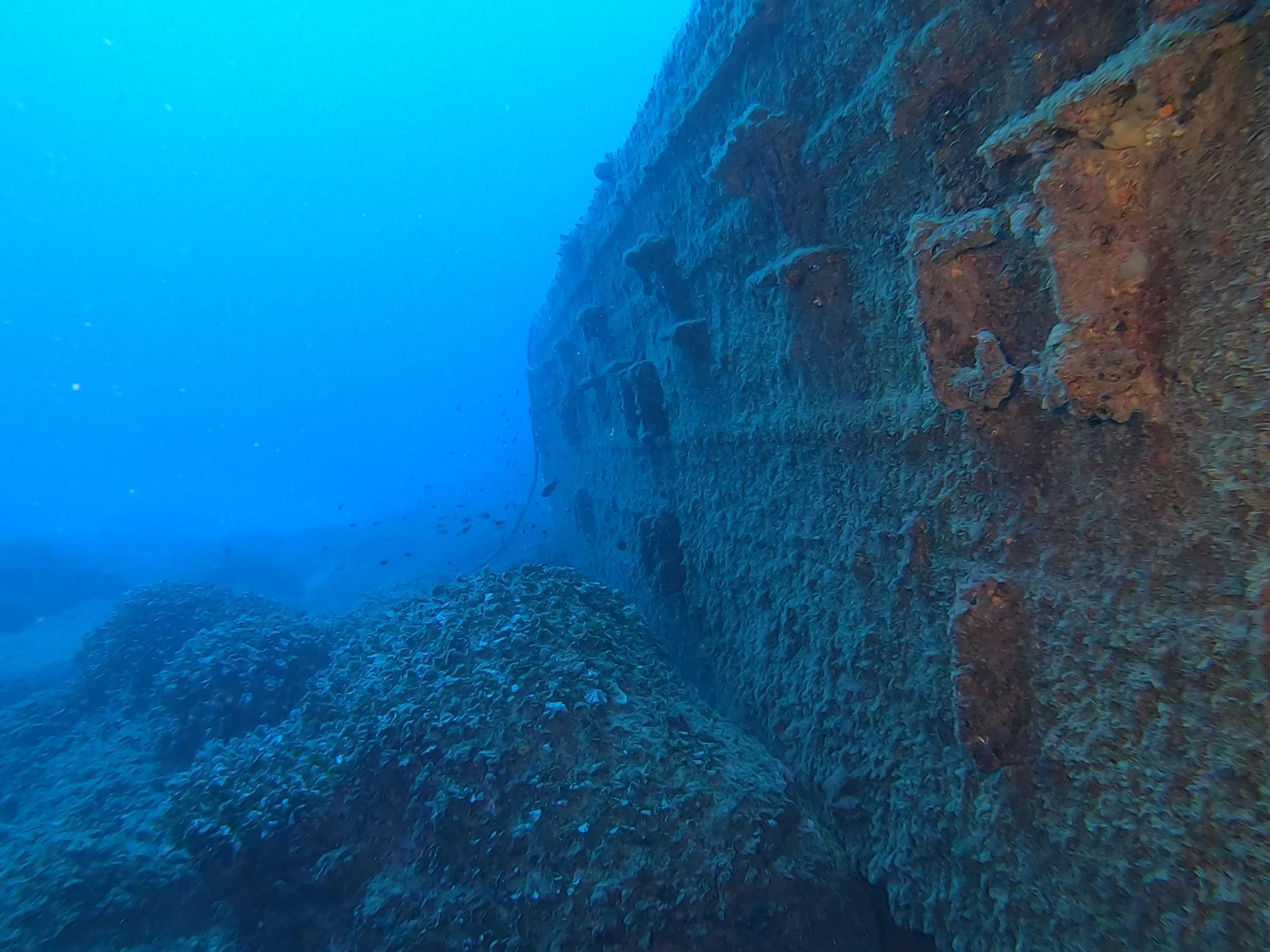 Large Barge [Adam Sant]