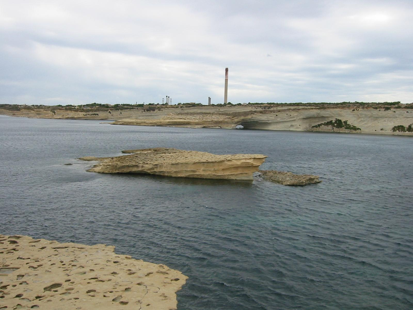Small island at Xrobb Il-Ghagin