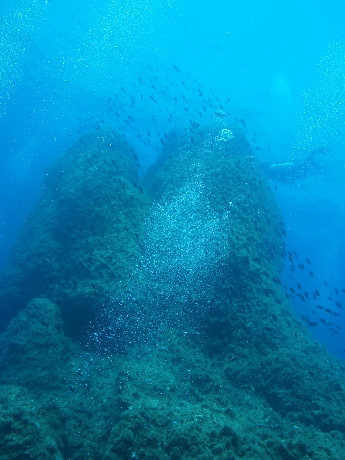 Twin peaks reef at Filfla [Toni Saloranta]